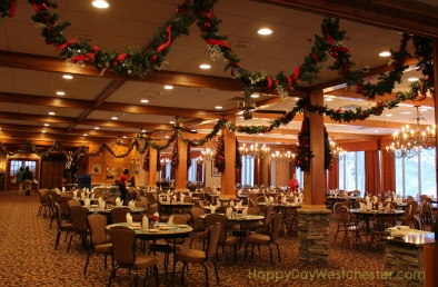 Happy Day Westchester Woodloch dining room