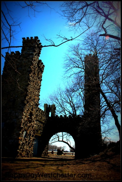 Happy Day Westchester Castle ArCh